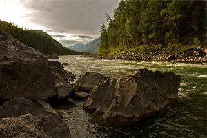 creek-593146_1920